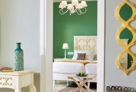anemosresort_deluxe_2bedroom_familyroom_3
