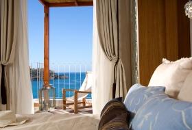 Suite-Bedroom_1